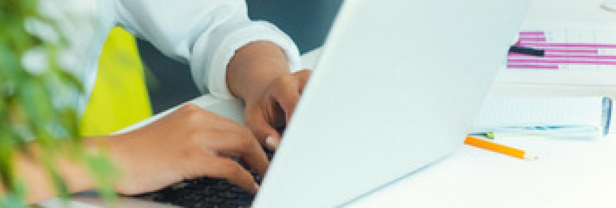 Womans_Marketing_Woman_Working_Computer.jpg